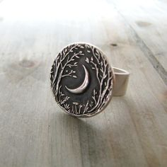 Moon ring! ✿ pinterest: eternaline ✿                                                                                                                                                      More