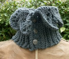 Neck Warmer/Cowl Victorian Style hand knit