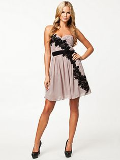 Flower Pleated Strap Dress - Little Mistress - Mink/Black - Festklänningar - Kläder - Kvinna - Nelly.com