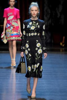 985aa4e2ae08 See all the Collection photos from Dolce   Gabbana Spring Summer 2016  Ready-To-Wear now on British Vogue