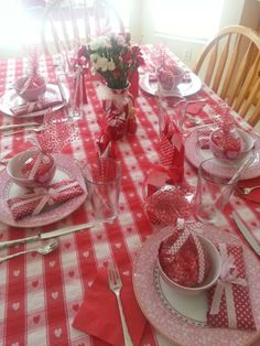Valentine's table by Tiffany