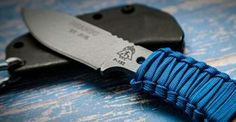 If you've never done a paracord wrap for your knife before, now is the perfect time to start. This wrap I'm going to show you takes about 30seconds to learn, and it's an easy way to add more comfort and personality to your knife. This wrap is basically the same as a pretty popular pattern …