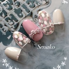 Senakoさんのフラワー,ミディアム,ショート,ピンク,ドット,ホワイト,ロング,グレージュネイル♪[1276061]|ネイルブック