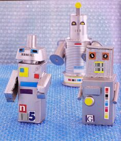 Nov. 13 America Recycles Day: Recycled Mini Robots