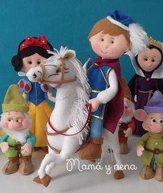 Principe da Branca de Neve Confeccionado atesanalmente, em feltro, no Atelier Mamá y Nena, inspirado no Filme da Disney o qual foi também inspirado na versão original dos anões, publicada em 1812 e 1822 pelos irmãos Grimm!