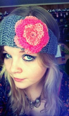 Flower headband crochet pattern. Finally found one thats easy and cute