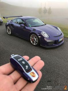 Porsche 991 RS am Bilster Berg (Foto: Robin Laudemann) Porsche 991 Gt3 Rs, Porsche Autos, Porsche 911 Turbo, Porsche Cars, Maserati, Ferrari, Bugatti, Lamborghini, Sport Suv