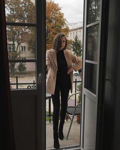 Instagram Love Fashion, Fashion Outfits, Fall Capsule Wardrobe, Fall Season, Autumn Winter Fashion, Fall Fashion, Foto E Video, Leggings, Style Inspiration