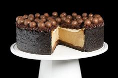 Cappuccino-Fudge Cheesecake {Torta di Formaggio al Cappuccino} ===> Get the recipe at the website now! Like the fan page while there to get more great recipes!