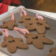 Cinnamon-Applesauce Ornaments