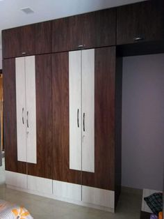 Wardrobe Laminate Design, Wall Wardrobe Design, Wardrobe Interior Design, Wardrobe Door Designs, Bedroom Closet Design, Bedroom Furniture Design, Latest Cupboard Designs, Latest Door Designs, Bedroom Cupboard Designs