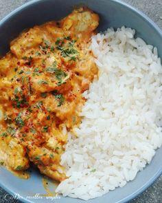 Curry de poulet à la tomate - Des recettes simples-la cuisine de Sandy Hühnchen-Curry mit Tomate - Einfache Rezepte - Sandy kocht recipes Crockpot Recipes, Chicken Recipes, Cooking Recipes, Healthy Chicken Sauce, Cooking Ingredients, Tomato Curry, Health Dinner, Batch Cooking, Healthy Dinner Recipes