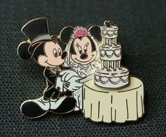 WDW-Disney-Pin-Mickey-Minnie-Mouse-Cutting-Cake-Wedding-Bride-Groom