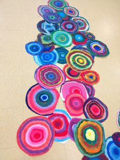 Kandinsky paper plate ideas. Have each student make a plate and combine them all…