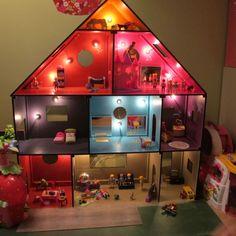 maison de poup e fait maison en bois sylvanians enfants. Black Bedroom Furniture Sets. Home Design Ideas