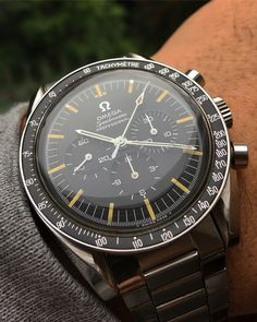"WatchWorks Haarlem (@watchworkshaarlem) on Instagram: ""Perfect CB for this #speedytuesday (NFS). Have a good one #watchfam #omega #speedmaster…"""