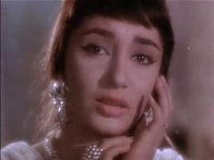 Mere Mehboob(1963)-Mere Mehboob Tujhe Meri Mohabbat ki Qasam (Lata Mangeshkar) - YouTube