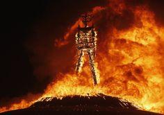 ¡Hombre en llamas! ¡Hombre en llamas! - Identi