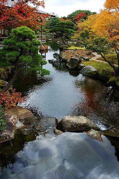 Yushien garden, Matsue, Shimane, Japan LOVE this landscape. Image Nature, All Nature, Amazing Nature, Beautiful World, Beautiful Gardens, Beautiful Places, Bonsai, Japan Garden, Kyoto Japan