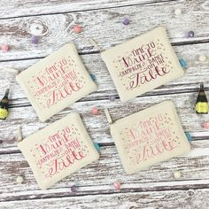 How adorable are our TIME TO DRINK CHAMPAGNE & DANCE ON THE TABLE makeup bags?! Perfect favor and thank gift for your bridal party...we're create them in your wedding colors or your ladies' favorite shades!!