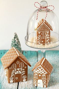 Snow Globe Gingerbread House