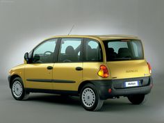 Fiat Multipla yellow