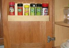 Wall Spice Rack Plans - Kitchen Spice Rack Plans Spice Rack Plans, Build A Spice Rack, Wall Spice Rack, Kitchen Spice Racks, Building Plans, Woodworking Plans, Spices, Diy Crafts, How To Plan