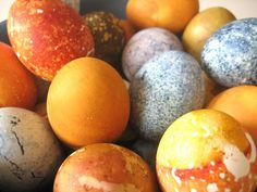 Curbly Video: How to Make Naturally Dyed Easter Eggs » Curbly | DIY Design Community