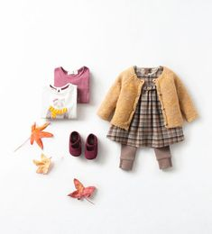 Herbst Inspiration Kidsfashion - senfgelbe Strickjacke, Kariertes Kleid - The most beautiful children's fashion products Fashion Kids, Baby Girl Fashion, Toddler Fashion, Fashion Fall, Dress Fashion, Baby Outfits, Cute Outfits, Baby Girl Cardigans, Look Zara