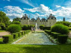 Classement des 10 plus beaux Châteaux de la Loire. Chambord, Blois, Amboise sont autant de monuments à admirer et visiter lors de vos futures vacances.