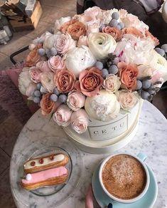 Miss Zeit#zeit Best Butter, Coffee Plant, Garden Borders, Shade Garden, Coffee Break, Projects For Kids, Vanilla Cake, Rose Flowers, Roses