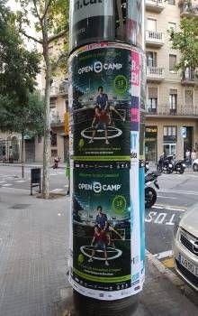 carteles en pirulos de barcelona http://www.open-buzoneo.com/buzoneo-2/la-importancia-de-la-empresa-distribuidora-de-buzoneo/