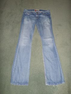 Women's Blue BKE DENIM SABRINA Stretch Distressed Fashion Jeans, Size 33 X 37.5 #BKEDENIMSABRINAStretch #StretchDistressedFashionStitchedPocketJeans
