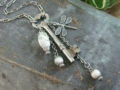 Skeleton Key Jewelry... looks like a fairy necklace!