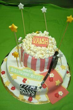 Bardzo okazały tort urodzinowy