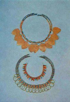 Sumerian Jewels of gold and lapis lazuli, Ur Royal Cemeteries, ca. 2600 B.C