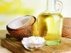 L'olio di cocco è un olio vegetale molto apprezzato per la sua particolare affinità con la pelle e i capelli. L'olio di cocco, infatti, protegge e ammorbidisce la pelle, è in grado di rinforzare e lucidare i capelli e ci viene in soccorso anche per combattere i pidocchi. Possiamo usare l'olio di...