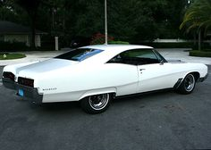 '67 Buick Wildcat - Next to the '64 Riviera, probably one of my favorite designs - I LOVE the lines on these cars - as a wise man once said, 'If a car looks good in white, it's a winning design'..K
