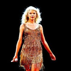 Taylor Swift Live on the Speak Now Tour