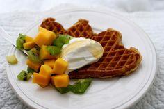 Disse vaflene er bra for helsa Finger Foods, Tapas, Appetizers, Cooking Recipes, Snacks, Breakfast, Healthy, Morning Coffee, Finger Food