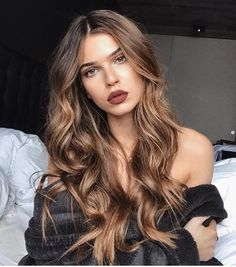 10 Fascinating Summer Hair Color Ash Brown for 2019 for you : Have a look! - 10 Fascinating Summer Hair Color Ash Brown for 2019 for you : Have a look! Blonde Brown Hair Color, Hair Color Balayage, Brown Hair Colors, Ombre Hair, Blonde Ombre, Purple Hair, Hair Colours Caramel, Hair Color For Tan Skin Tone, Caramel Brown Hair Color