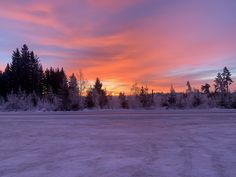 Discover the best source for free images and videos. Sunrise Wallpaper, Winter Wallpaper, Winter Landscape, Free Images, Landscape Photography, Beautiful Places, Pastel, Sunset, Nature