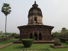17th century Eka Ratna style temple - Kalachand Temple #Bishnupur #IndianColumbus  http://indiancolumbus.blogspot.com/2016/02/kalachand.html