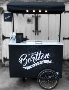 White and black branding Food Cart Design, Food Truck Design, Coffee Carts, Coffee Truck, Food Box, Bike Cart, Bike Food, Ecole Design, Ice Cream Cart