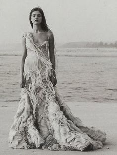 Beach Wedding Dress, she looks like she just cam out of the ocean :)