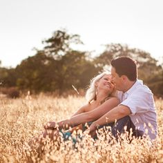 This San Diego engagement session was shot in the rustic fields of Alpine just outside the city.