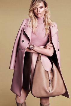 Gucci, más Gucci que nunca, reinterpreta la estética de los 60 en clave moderna