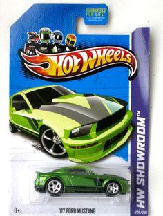 2013 Hot Wheels Super Treasure Hunt '07 Ford Mustang