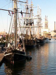 Tall Ships alongside in Green Bay Yacht Fashion, Old Boats, Sailing Adventures, Sail Away, Motor Yacht, Big Sky, Wooden Boats, Tall Ships, Ship Art