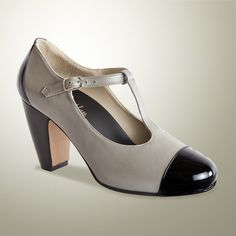 Love the Alice Alan Alexa in gray with black patent toe cap. Removable footbed and super comfy orthodic